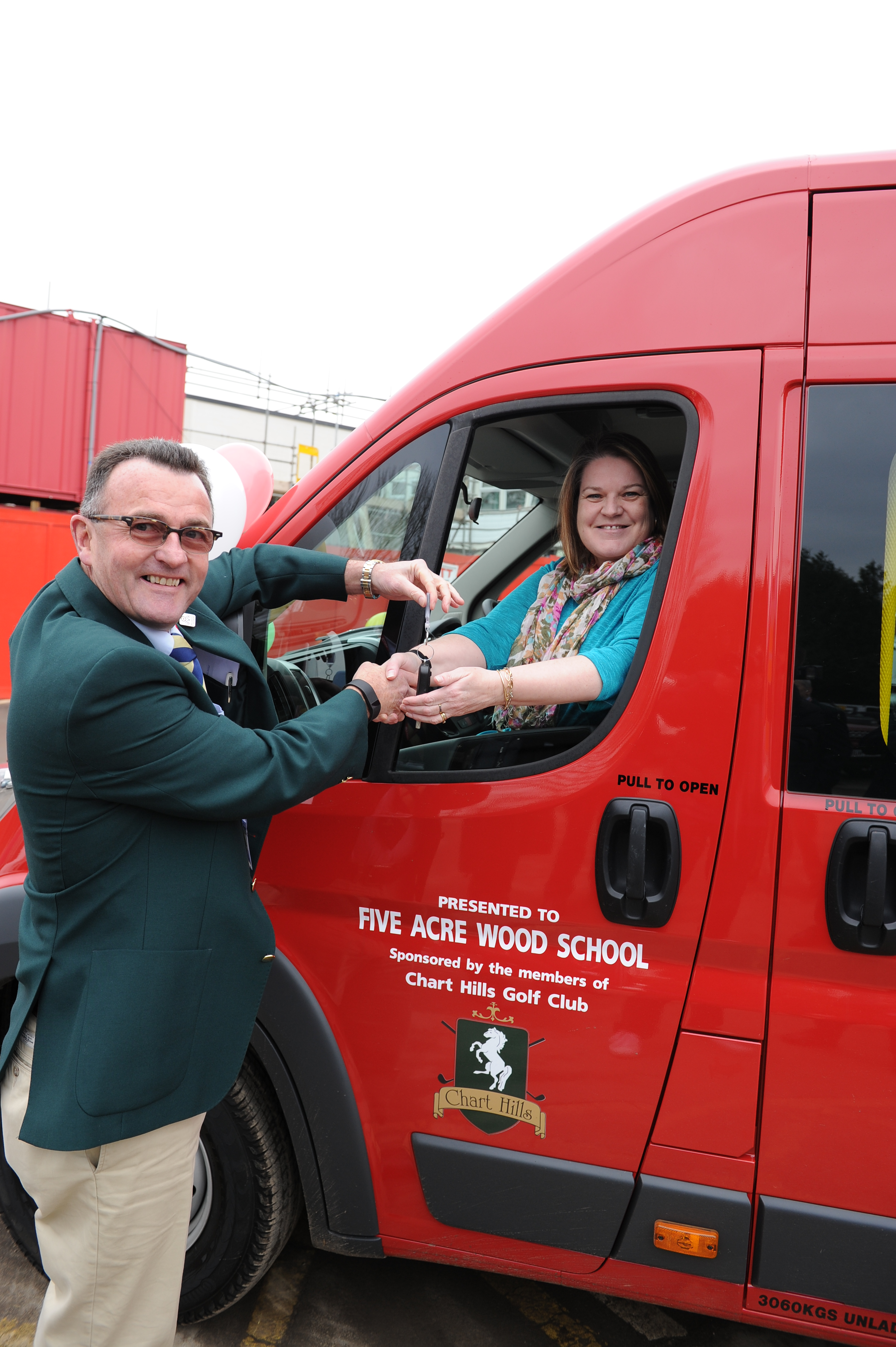 Five Acre Wood School: Two New Minibuses For Five Acre Wood School